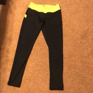 Other - Bee & Ceci sports leggings